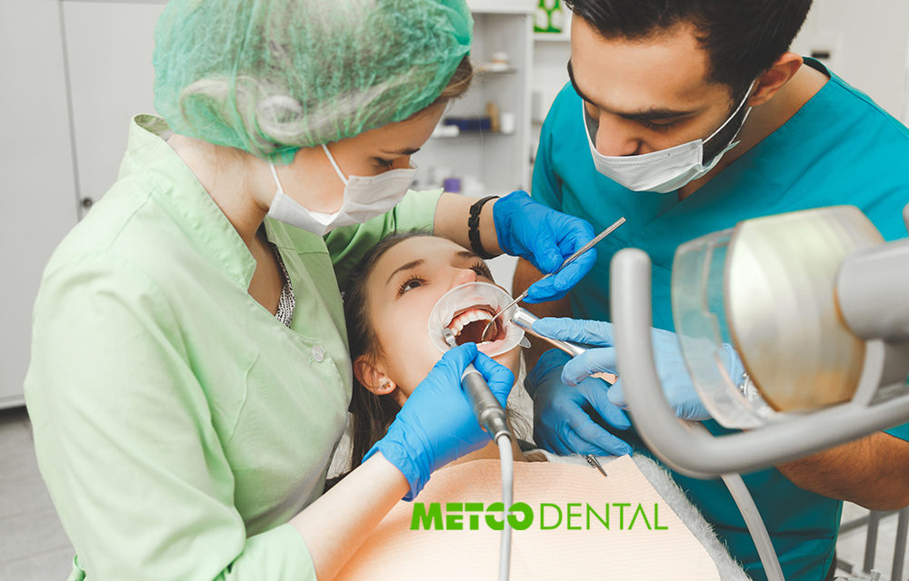 https://metcodental.com/wp-content/uploads/2020/03/Köprü-Protezi-Nedir-Metco-Dental-1000x640.jpg
